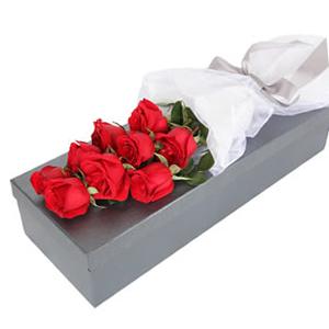 鲜花/深情相拥: 9枝红玫瑰  [包 装]:雅致绸带束扎,高档