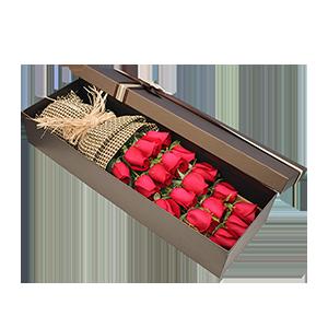 鲜花/守护爱情: 19枝红玫瑰  [包 装]:拉菲草复古束扎,