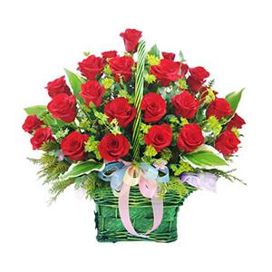 鲜花/温暖情怀:50枝红玫瑰 包 装:有柄圆形提篮、彩色丝带结