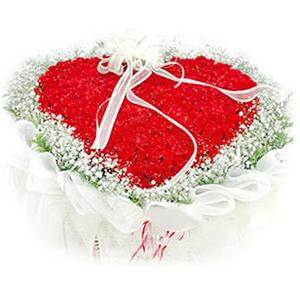 鲜花/天长地久:99枝红玫瑰心形花盘包装 包 装:心形花盘包装,高