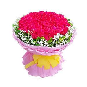鲜花/一生相依:99枝红玫瑰。 包 装:粉色瓦楞纸内衬,粉色卷边纸