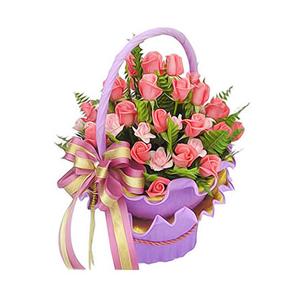 鲜花/一路有你:37枝艳粉玫瑰,18枝浅粉玫瑰 配材:绿叶丰满 花