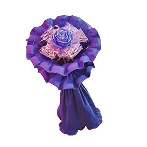 鲜花/灵秀:一枝蓝色妖姬 包 装:网纱内衬,紫色卷边纸精美包装