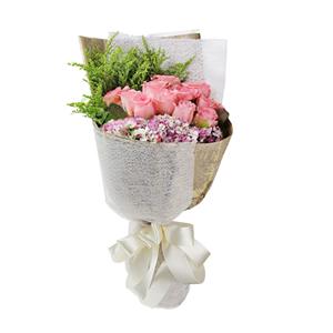 鲜花/岁月温柔:11支戴安娜玫瑰单包。 包 装:复古英文纸搭配白色