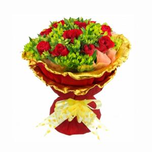 鲜花/一见钟情:11枝精品红玫瑰 包 装:橘黄色棉纸围边,玫红色金