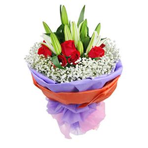 鲜花/天涯咫尺:12枝精品红玫瑰,4枝白色百合 包 装:淡紫色、橘