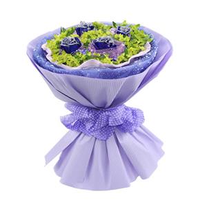 鲜花/蓝色恋人:4枝蓝色妖姬 包 装:紫色网纱独立包装,粉色卷边纸