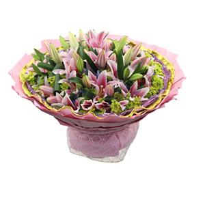 鲜花/浪漫巴比伦:18枝多头粉色香水百合 包 装:紫色网纱围边,金色