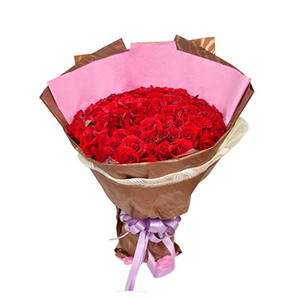 鲜花/玫瑰为你开:99枝红玫瑰。 包 装:粉色皱纹纸,暗橘色精品礼品