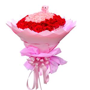 鲜花/美好的爱:33枝粉玫瑰、66枝红玫瑰 包 装:粉色棉纸内衬,