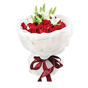 鲜花/小情歌:19枝红玫瑰,2支香水白百合 包 装:浪漫白色网纱