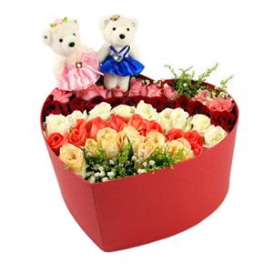 鲜花/最美的缘:43枝各色玫瑰 花 语:五彩斑斓的梦