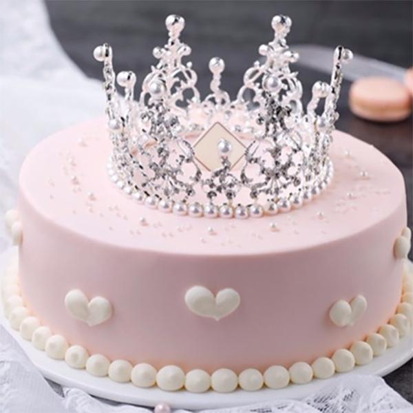 蛋糕/粉红宝贝: 进口优质淡奶油  [包 装]:购买蛋糕附送贺