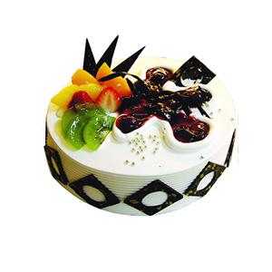 蛋糕/甜蜜爱语: 圆形鲜奶水果蛋糕,果酱、时令水果、巧克力片装饰