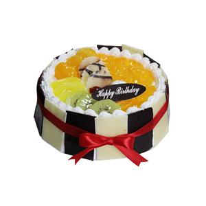 蛋糕/真情相伴: 圆形鲜奶蛋糕,上层时令水果巧克力铺面,周围巧克