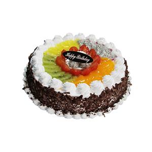 蛋糕/幸福果园: 圆形鲜奶水果蛋糕,上层时令水果铺面,周围巧克力