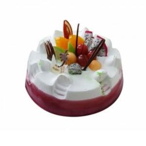 蛋糕/梦幻花园: 圆形水果蛋糕,各式时令水果铺面,紫色果酱围边。