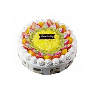 蛋糕/美好回忆: 圆形鲜奶蛋糕,中间各色时令水果装饰,巧克力片围