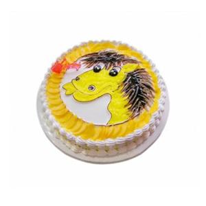 蛋糕/小马奔腾: 圆形奶油蛋糕,新鲜时令点缀,一只可爱小马