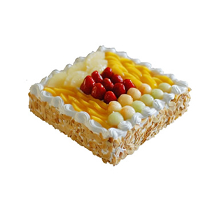 蛋糕/诗之情: 方形鲜奶水果蛋糕,时令水果装饰,外层果仁碎屑围