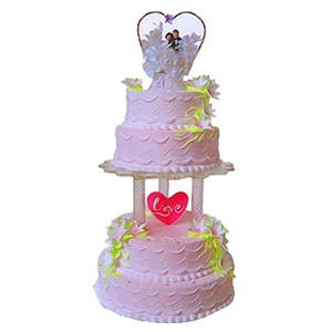 蛋糕/浪漫婚礼: 四层圆形鲜奶蛋糕,鲜奶百合花装饰  [包 装