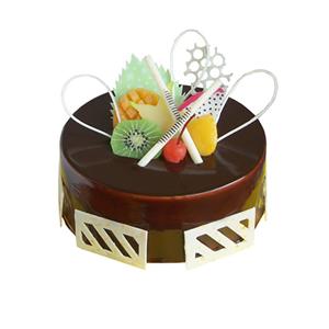 蛋糕/快乐音符: 圆形巧克力蛋糕,时令水果、巧克力片装饰  [