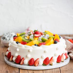蛋糕/生日快乐: 草莓、芒果、奇异果、火龙果、奶油(时令水果根据