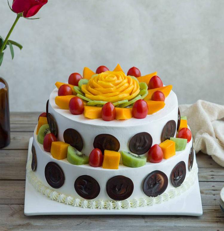 蛋糕/春天的故事:新鲜奶油搭配超多水果铺面 祝 愿:春天的微风,刚露