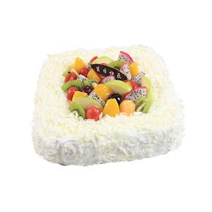 蛋糕/心的祝愿: 方形鲜奶水果蛋糕,巧克力碎屑铺面,时令水果装饰