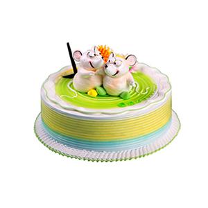 蛋糕/相偎相依: 圆形奶油蛋糕,奶油花装饰,两只相互依偎的小老鼠