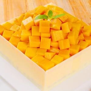 蛋糕/七里香: 芒果慕斯蛋糕,巧克力围边  [包 装]:高档