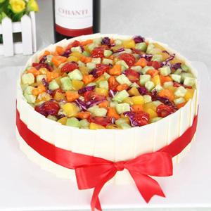 蛋糕/小小菜园:鲜奶鸡蛋胚+巧克力贴片+蔬菜铺面 祝 愿:身体健康