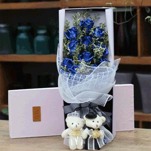 鲜花/岁月流年:11枝蓝色妖姬精美礼盒 花 语:这句情话很长,要用