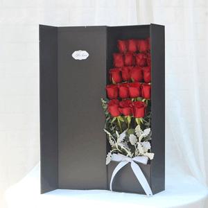 鲜花/承蒙喜欢:21枝红玫瑰 花 语:承蒙你出现,够我欢喜好多年
